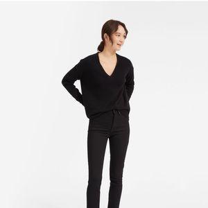 Everlane Oversized Cashmere V-Neck Sweater
